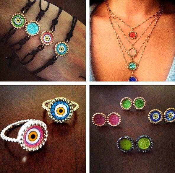 Eveil Eye Dot Design by Aylin Bora