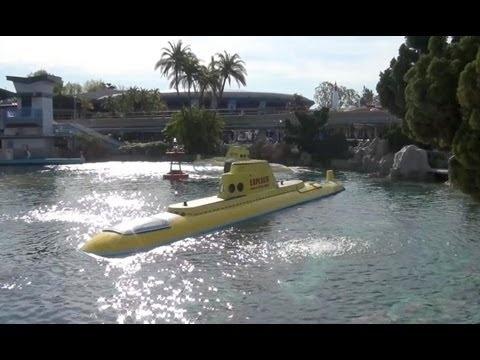 Finding Nemo Submarine Voyage Complete Attraction Ride Through Disneyland California 1080p HD - YouTube