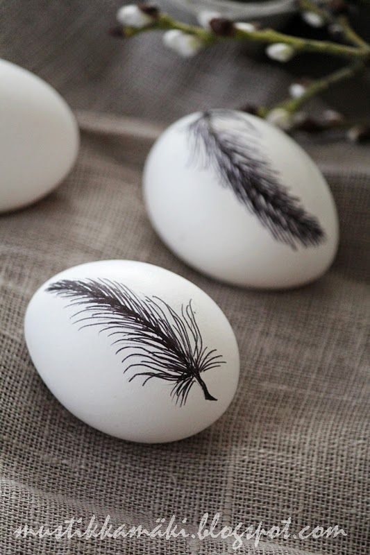Feather design on eggs