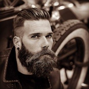 The man who has looks that can kill. | 27 Men's Undercuts That Will Awaken You Sexually http://thebeardtrimmer.co.uk/best-beard-trimmer/