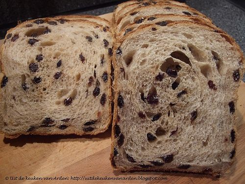 Krentenbrood / Dutch Currant Bread by Levine1957, via Flickr