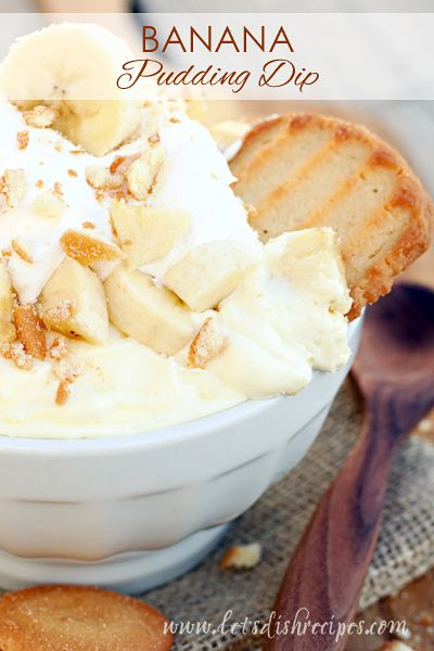 Banana Pudding Dip Recipe   Such an easy, delicious dessert that will disappear quickly!
