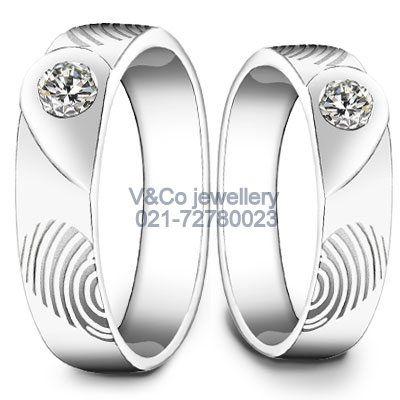 Cincin kawin finger print,emas putih dan berlian,Cincin kawin , cincin nikah ,wedding ring   -jewellery  wedding ring custom. Find us: -instagram: vncojewellery  -Website: www.vncojewellery.com  - ☎️02172780023/+6287878767247  -: vncojewellery@yahoo.com  - pin bbm : 22452eb3  - line : vncojewelry