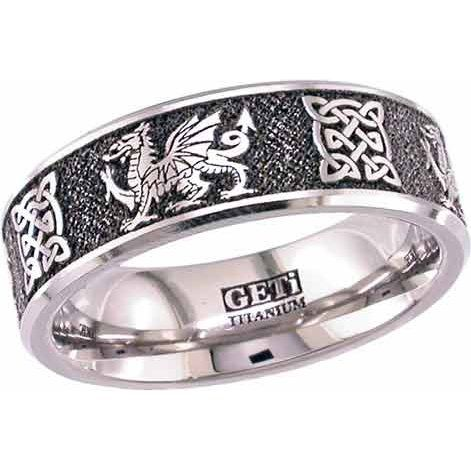 Welsh Dragon Ring with Celtic Knots