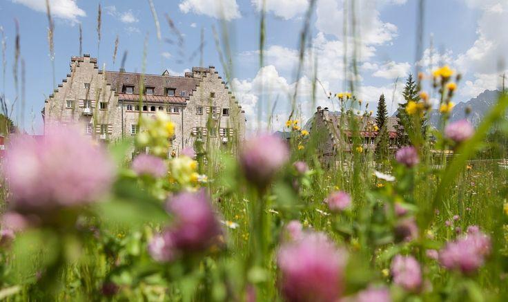 Das Wellnesshotel in Bayern, Garmisch / Deutschland. Erleben Sie einen Natururlaub im idyllischen Bergtal am Fuß der Zugspitze.