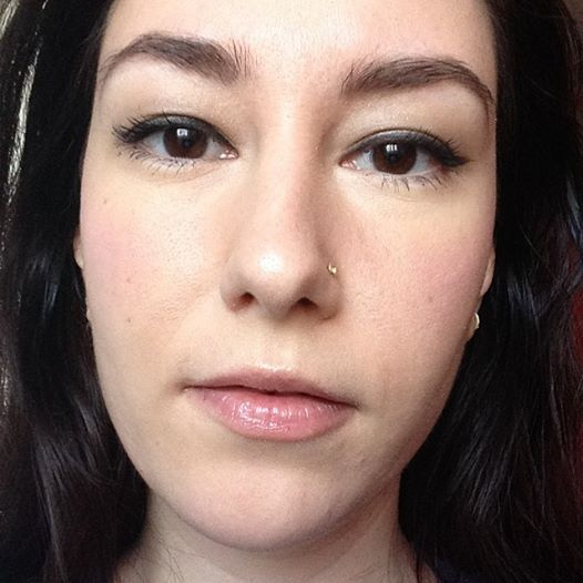 Pale lips casual day look