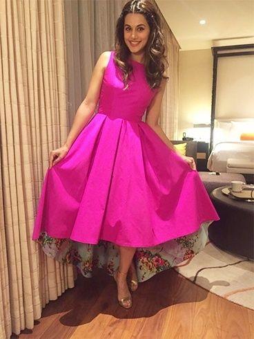 #Taapsee Pannu in Masala Chai Dubai pink dress