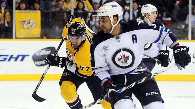 Winnipeg Jets Duystin Byfuglien was arrested in August 2011 near Minneapolis and charged with boating while under the influence. (Mike Strasinger/Associated Press) Facebook 23 Twitter 1 Share 23 Email Related Stories Dustin Byfuglien's drunk boating trial set for July Winnipeg Jets defenceman Dustin Byfuglien has avoided a trial on drunken boating charges by pleading guilty to careless boating.
