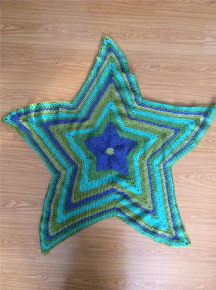 Crochet 5 point star afghan blanket
