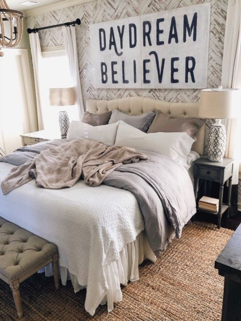 40 Bed Basics You Can't Miss This Year She Gave It A Go's Home Cool Bedroom Basics