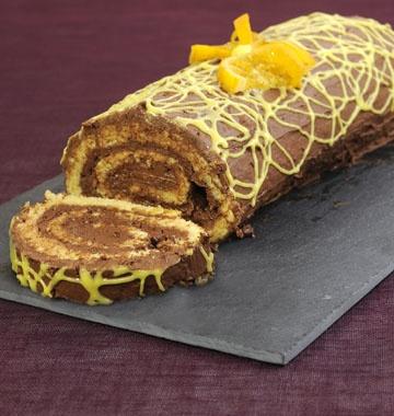 Bûche de Noël chocolat orange - les meilleures recettes de cuisine d'Ôdélices http://www.odelices.com/recette/buche-de-noel-chocolat-orange-r2430