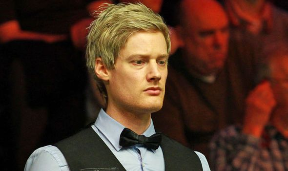 Neil Robertson holds off John Higgins to secure spot in semi-finals of UK Championships
