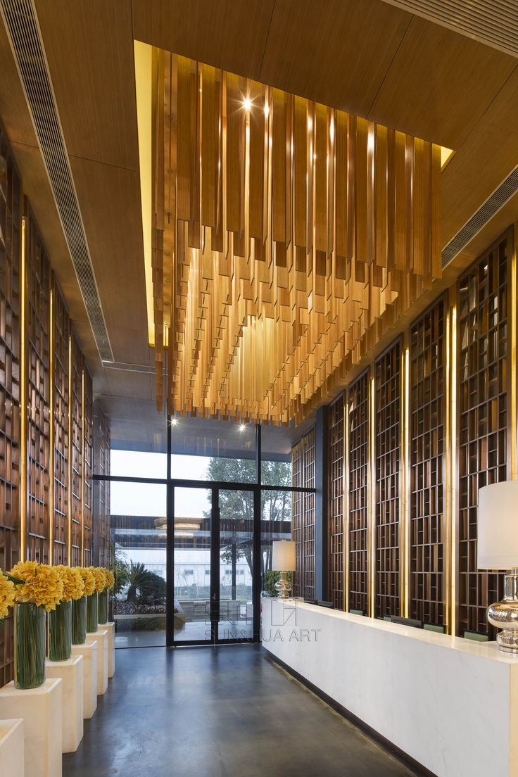Find the best and most luxurious inspiration for your next for Hotel lobby design trends