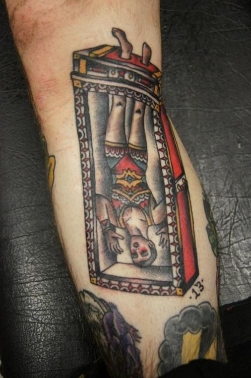 maybe an element to be included in my future circus sleeve?