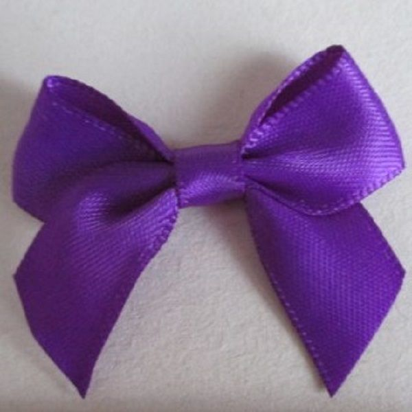 SATIN BOWS APPROXIMATELY 4cm ACROSS PANTONE COLOUR CHART -465 PURPLE WEDDING STATIONERY SUPPLIES FROM www.vintagelaceweddingcards.co.uk PLEASE SHARE