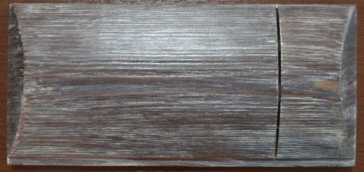 Вариант покраски деревянного дома из бревна