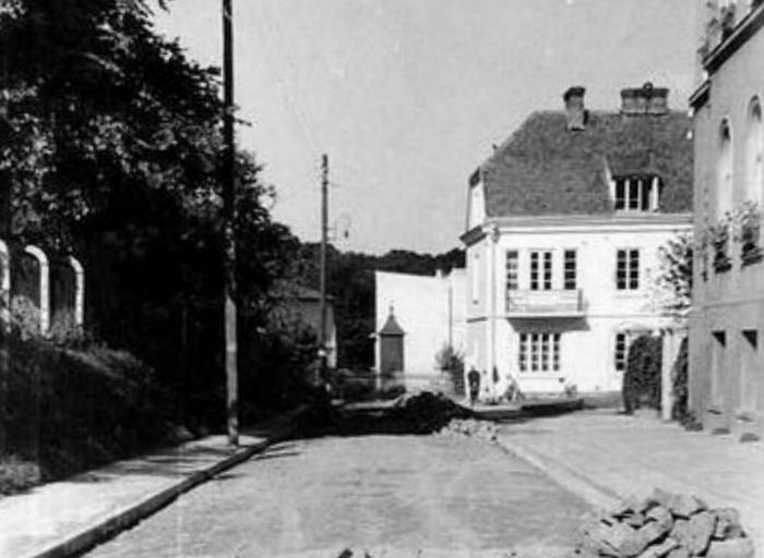 Budynek przy ul. Wieniawskiej wyburzono prawdopodobnie po wojnie.  Obecnie na jego miejscu znajduje się 11-piętrowy gmach Urzędu Wojewódzkiego.