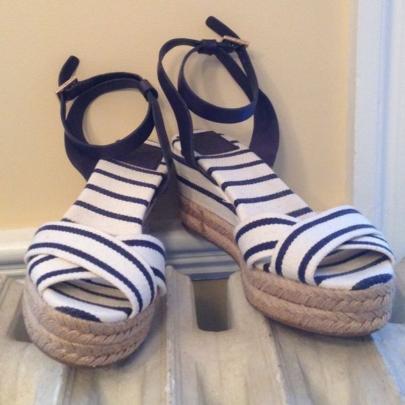Tory Burch blue and white espadrilles Tory Burch blue and white espadrilles in excellent condition. Worn once. Adjustable ankle straps with gold tory burch name. The platform is 1.5 inches and the total heel height is 3 inches. Tory Burch Shoes