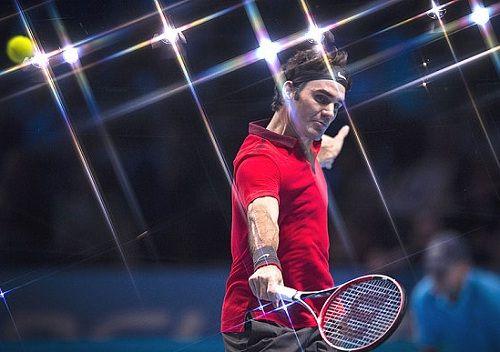Roger Federer Routs Kei Nishikori at ATP World Tour Finals - http://www.tsmplug.com/tennis/roger-federer-routs-kei-nishikori-atp-world-tour-finals/