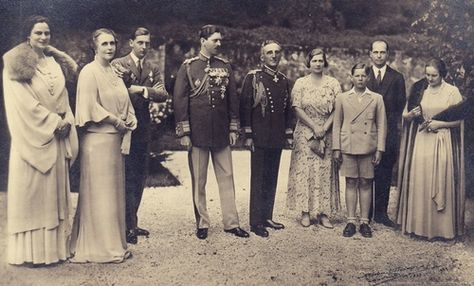 Queen Marie of Romania within her family: King Carol II of Romania, Queen Maria with husband King Alexander of Yugoslavia, Princess Ileana of Romania with husband Archduke Anton of Austria, Prince Nicholas of Romania, King Mihai I of Romania, Queen Elisabeth of Greece