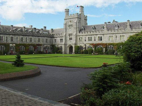 Dating back to 1849, University College Cork (UCC) in Cork, Ireland has been offering courses to students and has since developed into a modern campus, pleasantly combining early and modern architecture along a riverside garden setting close to the city center. University College Cork has been an active promoter of international student programs for many years. This is a MAUI exchange.