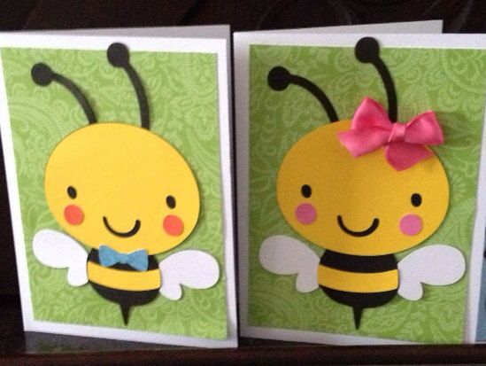 Bumble Bee centerpiece is a 6 die cut made of scrapbook papers and layered together with adhesive and glue. Perfect accent to a diaper cake or centerpiece for baby shower. Other animals, onesie, and umbrella available. Message me if you would like something other than a bumble bee