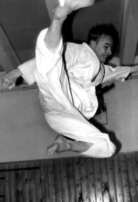 Rinus Schulz flying side kick