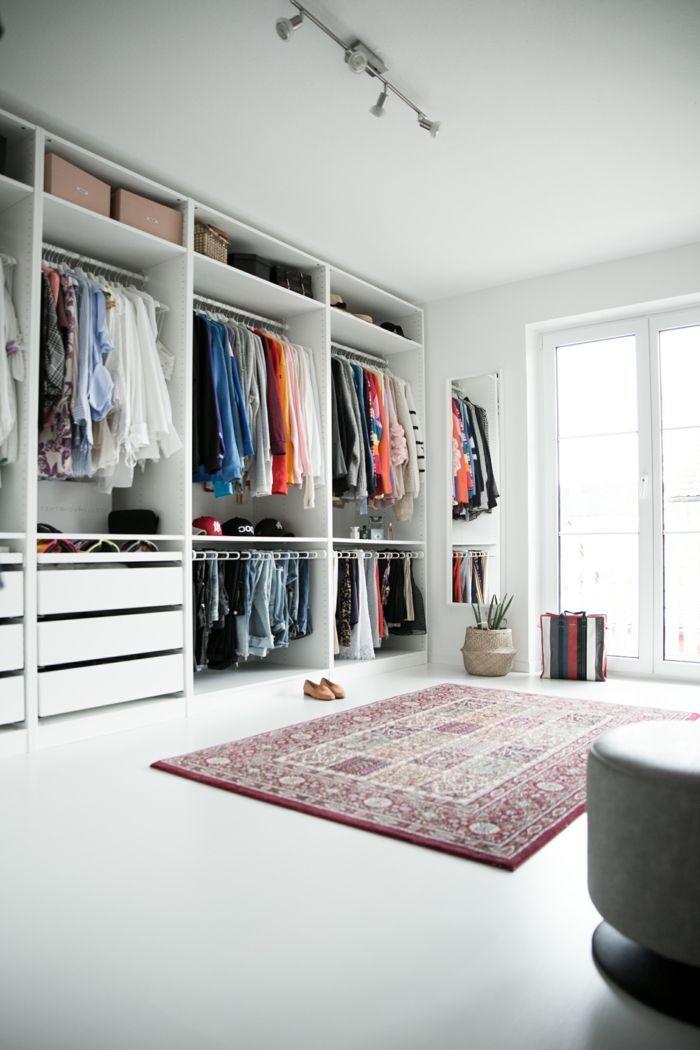 Inneneinrichtung Ankleidezimmer Ideen Ikea Begehbarer Kleiderschrank Offener Kleiderschrank Ankleide In 2020 Ankleide Zimmer Ankleidezimmer Luxuriose Inneneinrichtung