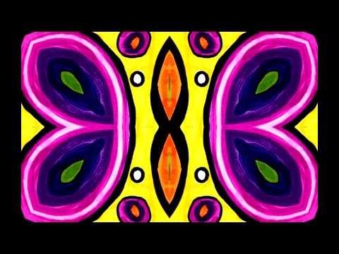 Dando movimiento y simetria a un dibujo Mariza Davos