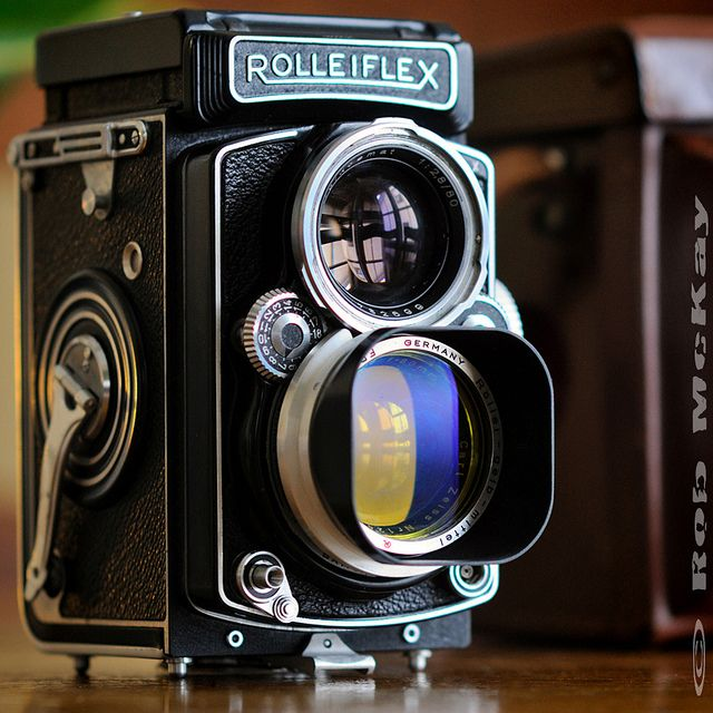 Rolleiflex TLR Planar f/2.8 80mm Zeiss Medium Format Camera