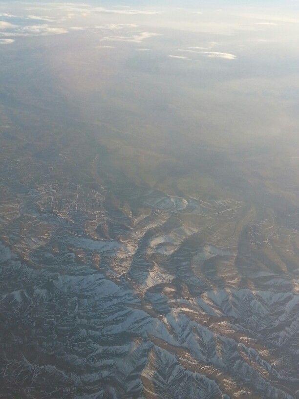 Yukarıdan Çekim Karlı Dağ Manzarası