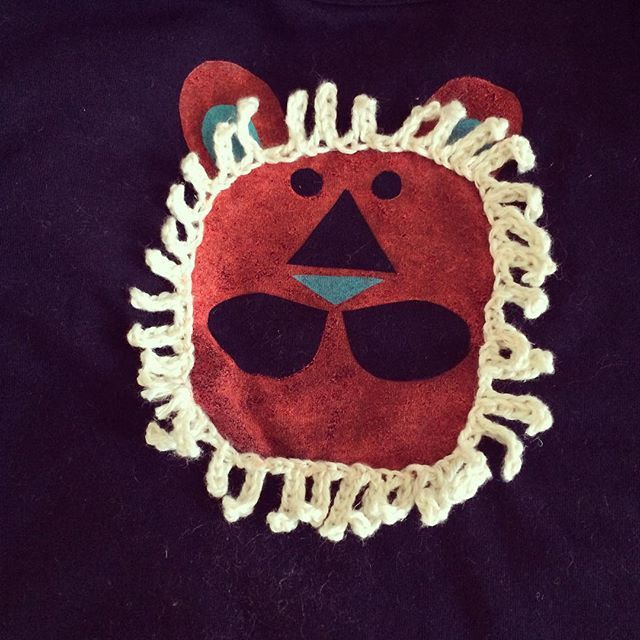 夜なべしてTシャツ作る… #甥っ子 #お花男子 #ハンドメイド #GOMA #アイロンプリント #子供服 #暑すぎて着ない #タテガミがなかったので即席アレンジ #ダサ可愛い