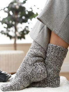 Padrão básico de meias grossas por Patons