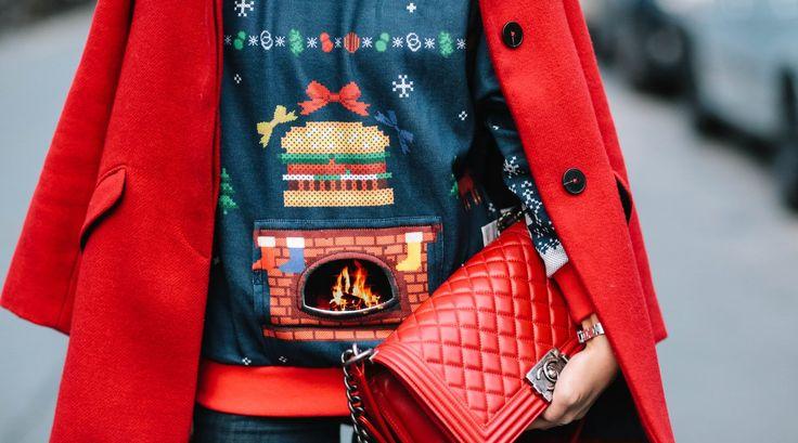 Sweater Weather: Das sind die kuschligsten Weihnachtspullover für die Festtagssaison