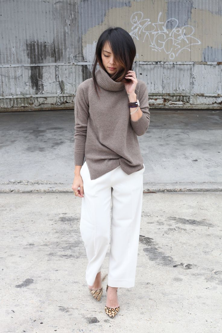 White cropped pants and turtleneck sweater