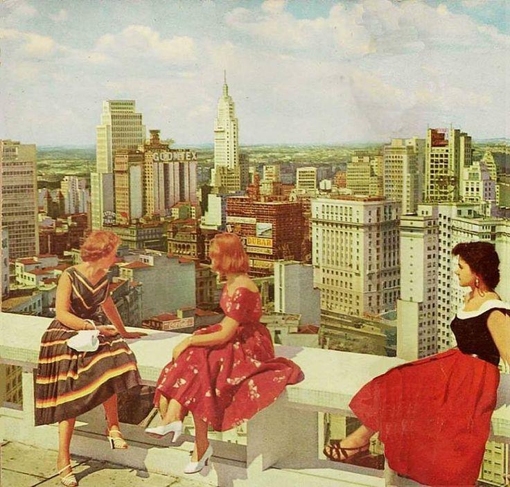 Foto publicada na revista Seleções (Reader's Digest) de outubro de 1957, embora o registro seja anterior - pela construção do Conde de Prates, a foto provavelmente é de 1954. Foto J. D. Barnell.