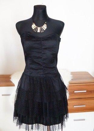 Luxusní korzetové společenské tylové šaty