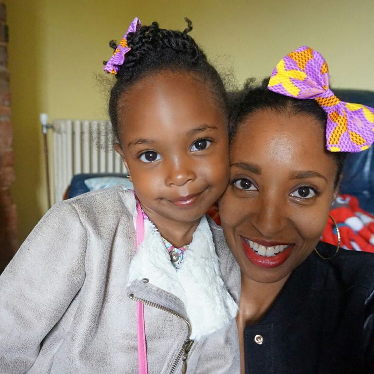 Hope all you #AMAZING mamas are enjoying your day and you're being spoilt rotten. @lfnaccessories #happymothersday #happymotheringsunday #Supermom #bowhairclip #hairbow #accessories #print #africanprint #printbow #handmade #handmadewithlove #mommyandme #minime