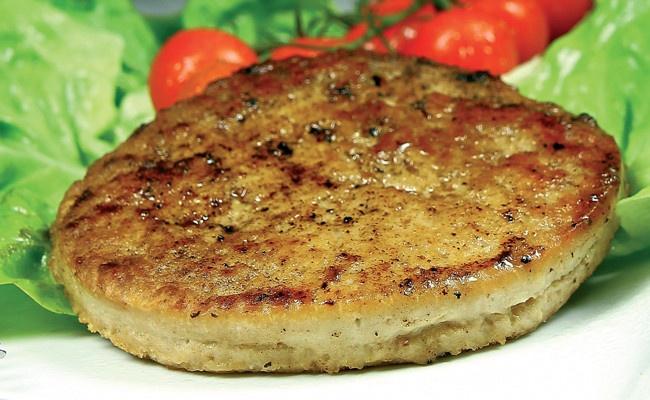 i-Burger di Pollo Hamburger surgelato di pollo e tacchino Ingredienti: carne di pollo e tacchino, formaggio stagionato 18/24 mesi, uova, latte, pane, sale