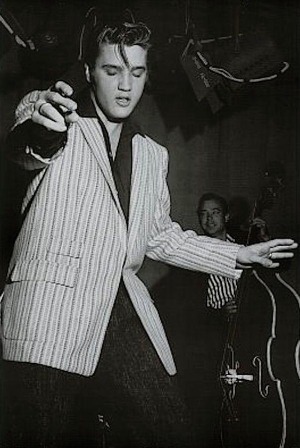 Elvis Dancing Poster - TshirtNow.net