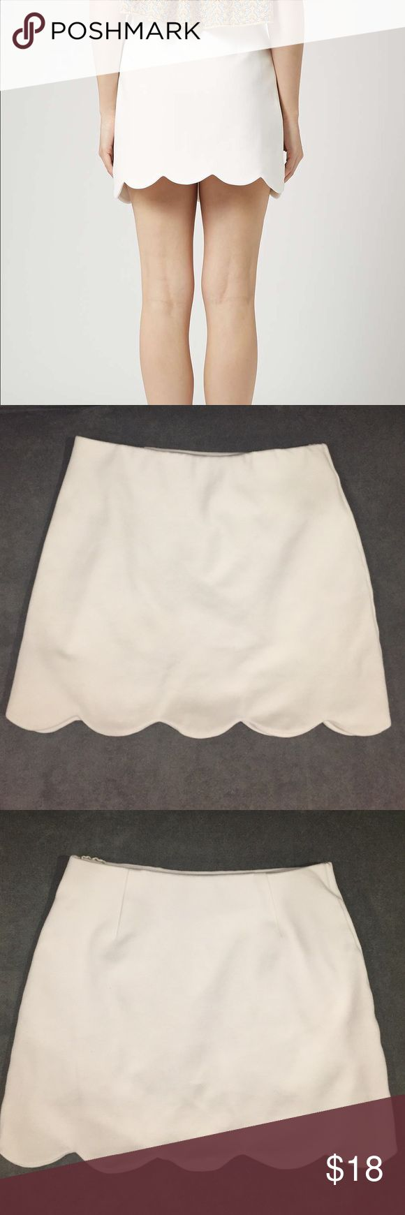 TOPSHOP skirt White scallop trimmed skirt. Size 4 but fits like a 2. Perfect condition! Topshop Skirts Mini