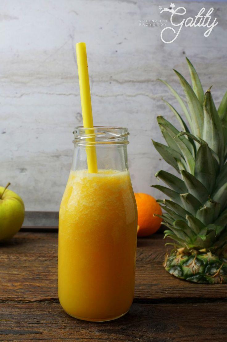 Kulinarne przygody Gatity - przepisy pełne smaku: Żółty koktajl ze świeżym ananasem