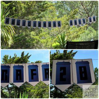 """Fiesta Sorpresa """"Doctor Who"""". Banderines de Bienvenida (Diseño de la cabina por el Equipo Happy, impresión externa)"""