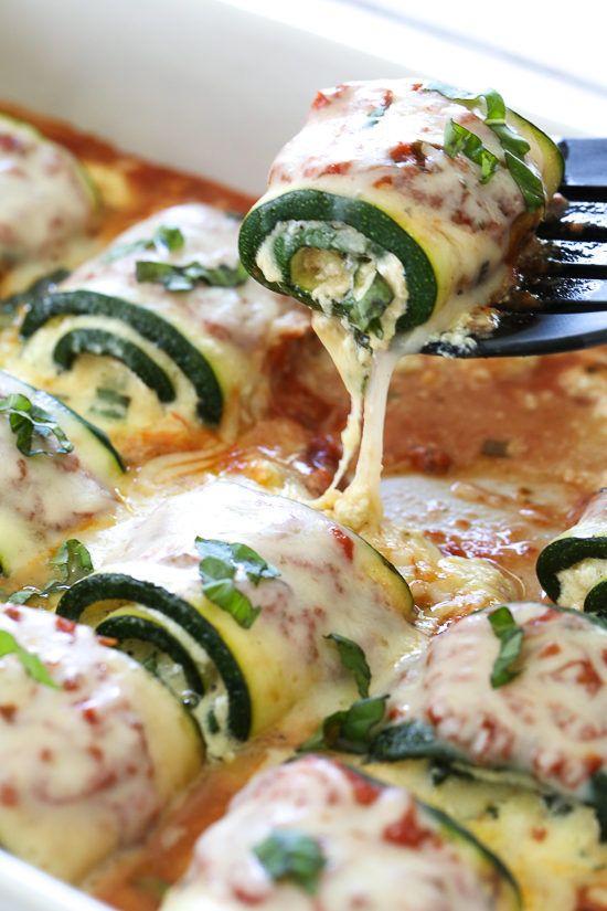 Zucchini Rollatini ist ein köstliches, käsiges, vegetarisches Gericht! Gemacht mit Streifen …   – Astuces et recettes