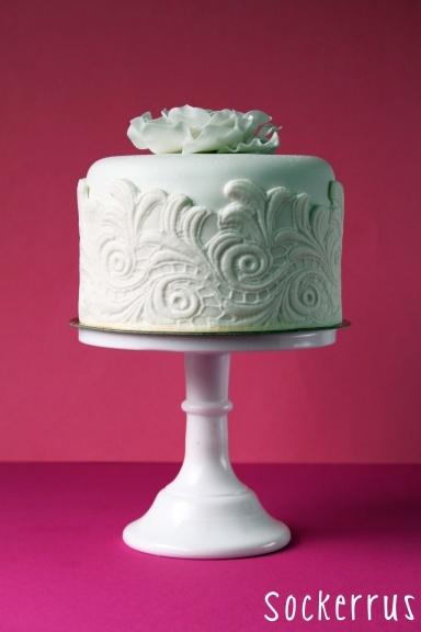 Tarrawarra wedding cakes