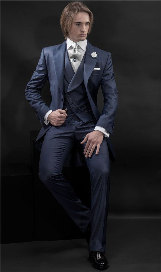 7 best Wedding Suit images on Pinterest | Costumes for men, Groom ...