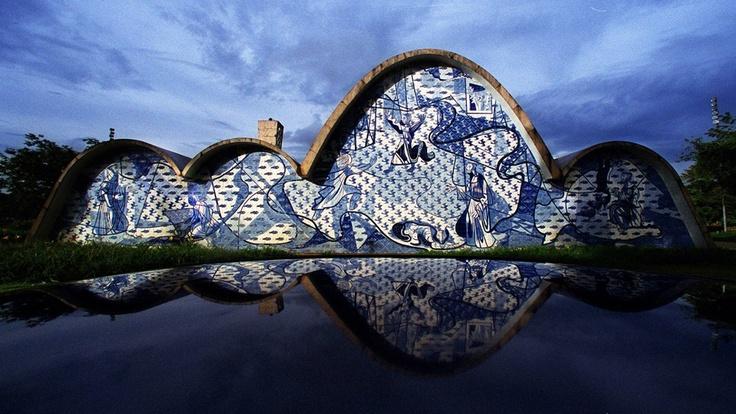 Adeus, Oscar Niemeyer