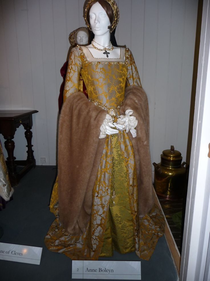 anne boleyn execution gown | Items of dress for Queen Anne Boleyn & the Princess Elizabeth