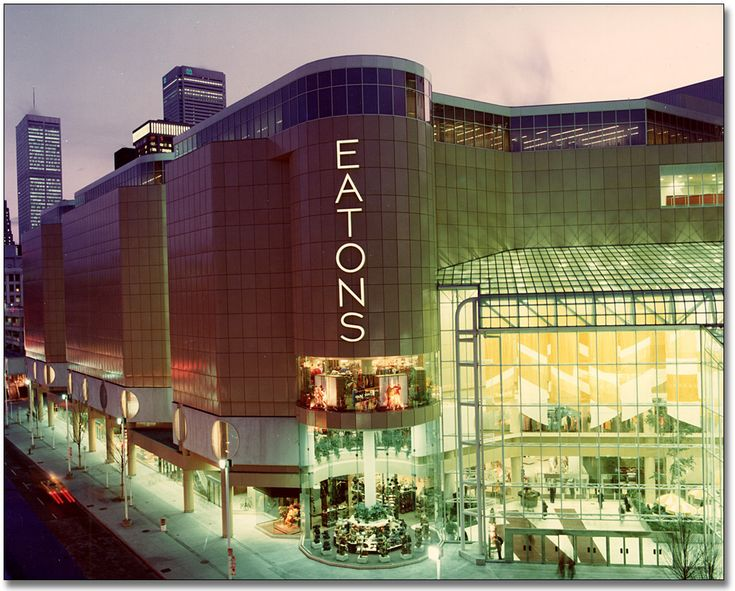 The Toronto Eaton Centre - alongside the CN Tower - is Toronto's top tourist draw, covering several city blocks and boasting more than 250 stores in a bright, airy atmosphere in central, downtown Toronto.