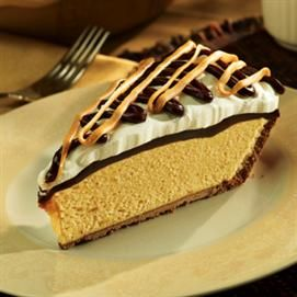 peanut butter pie-no bake. Looks AWESOME!